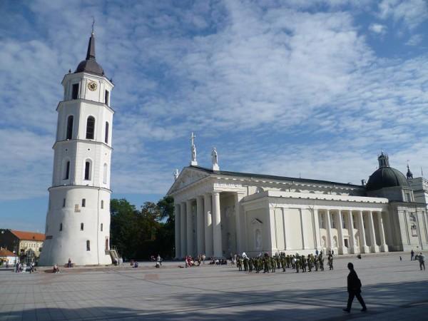 Platz vor Kathedrale Vilnius Litauen