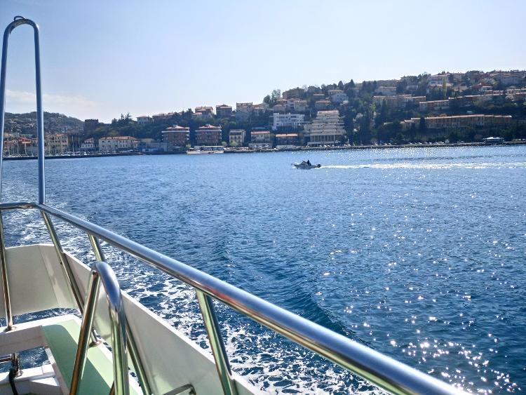 mit dem Boot von Triest nach Muggia