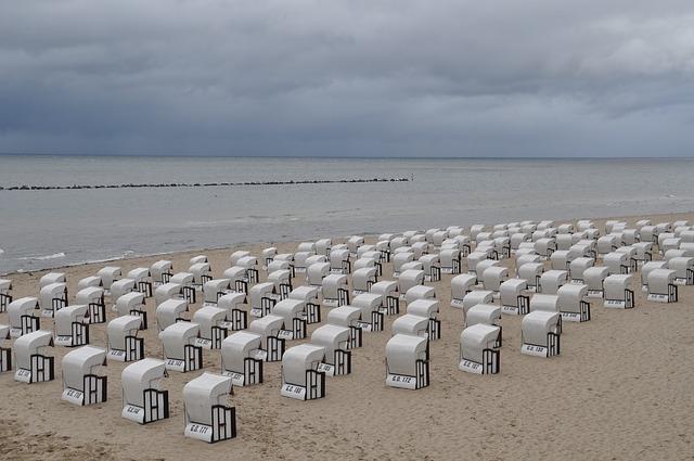 berlin-ostsee strandkoerbe in binz ruegen