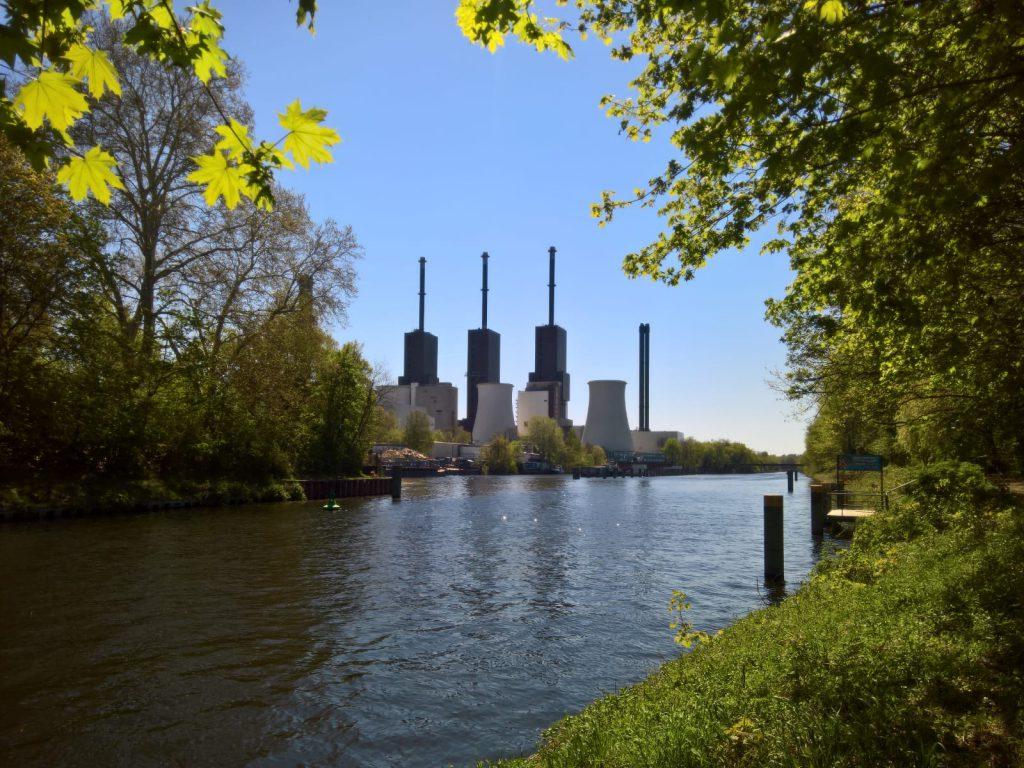 Hafen Lichterfelde Kraftwerk Schornsteine