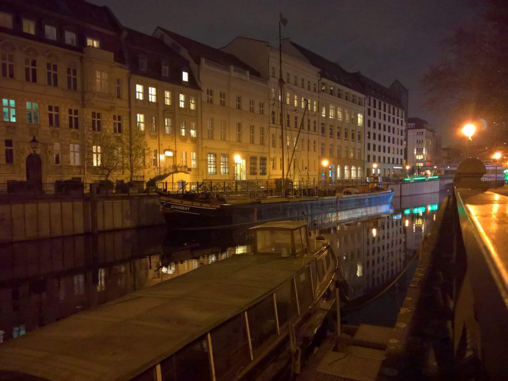 historischer hafen berlin mitte haefen
